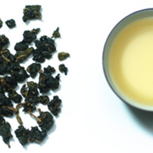 Premium Taiwan Alishan High Mountain Oolong from Nuvola Tea