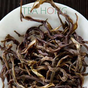 Dancong Raw 2008: Matured Fenghuang Qunti from Tea Hong