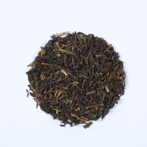 Darjeeling Peach Green Tea By Golden Tips Teas from Golden Tips Teas