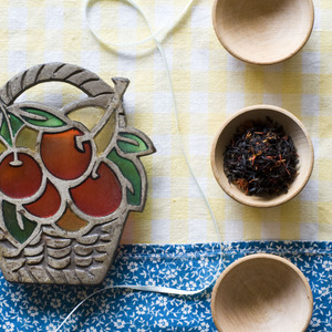 Organic Pomegranate Cherry Black Tea from Divinitea