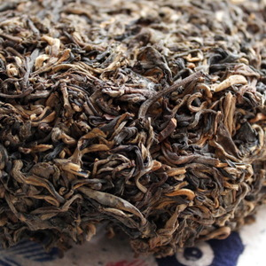 Master Han&#x27;s Ten Year Aged Reserve Sheng from Verdant Tea (Special)