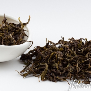 2012 Zhengyan Nonpareil Bai Ji Guan(White Cockscomb), Light-roasted from JK Tea Shop