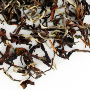 Darjeeling Oolong Singbulli (No. 2517) from TeaGschwendner