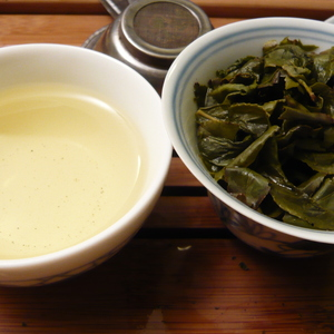 Huang Jin Gui (Golden Osmanthus) Oolong Traditional Green Style from Life In Teacup