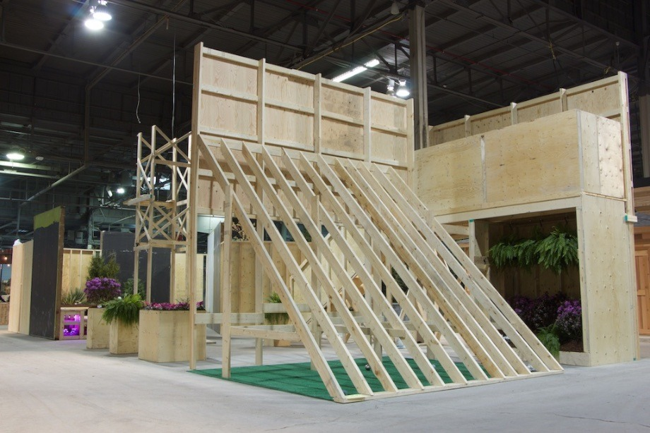 Plywood_pavilion_1