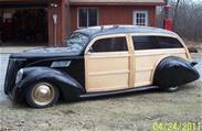 Lincoln Zephyr Woodie wagon