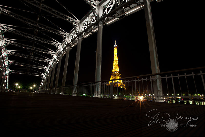 Passerelle Debilly and Eiffel Tower at Night - Paris, France