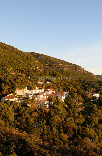 The Arrábida Monastery, dating back to the 16th century, at sunrise. Arrábida Nature Park. Setúbal, Portugal