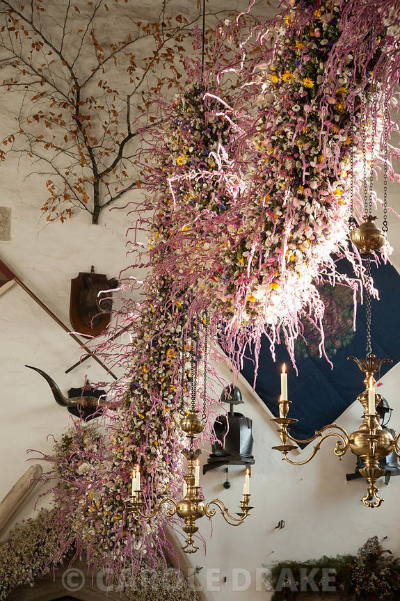 Cotehele Christmas garland  photographs