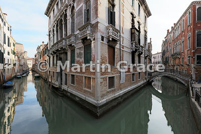 Typical Venetian buildings and waterways (Rio San Giovanni Laterano ramo basso - left; Fondamenta Tetta - right) from Ponte Tetta, Venice, Italy