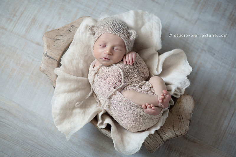 studio-pierre2lune-photo-bebe-nourrisson-photographie-baby-posing-tours-03