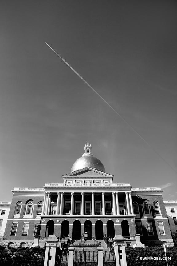BOSTON COMMONWEALTH OF MASSACHUSETTS STATE HOUSE BUILDING BLACK AND WHITE VERTICAL
