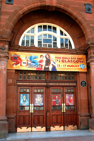 Kings Theatre Glasgow with signs for 9 to 5 The Musical