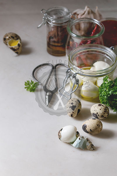 Ingredients for pickled quail eggs