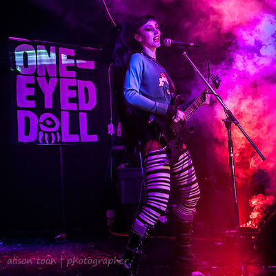 Kimberly Freeman, guitar and vocals, One-Eyed Doll, Orangevale, CA