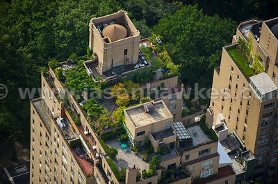 Aerial view of a rooftop garden in Upper East Side, Manhattan