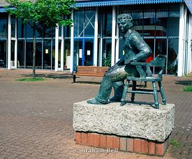 statue of dylan thomas swansea maritime quarter south wales