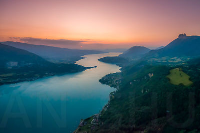 Sunset on lake Annecy