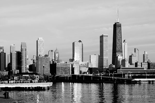 NORTH LOOP CHICAGO SKYLINE BLACK AND WHITE