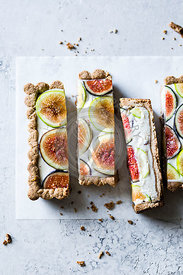 Vegan gluten-free fig tart