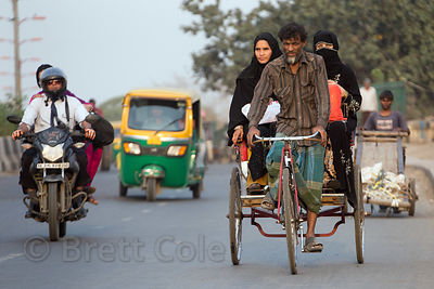 Modes of transport in Paharganj, Delhi, India
