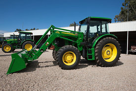 John Deere 6130 with DW673 attachment