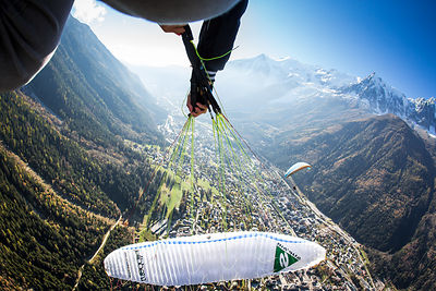 Tim Alongi perfoming a twisted infinit in Chamonix, France