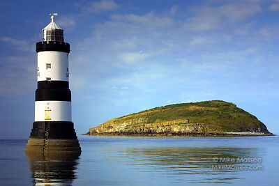 lighthouse_1587_v02