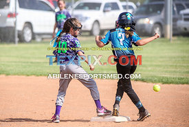 08-19-17_SFB_8U_Diamond_Divas_v_West_Texas_Force-38