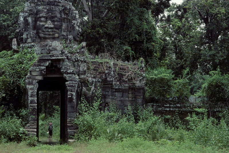 Banteay Kdei entrance