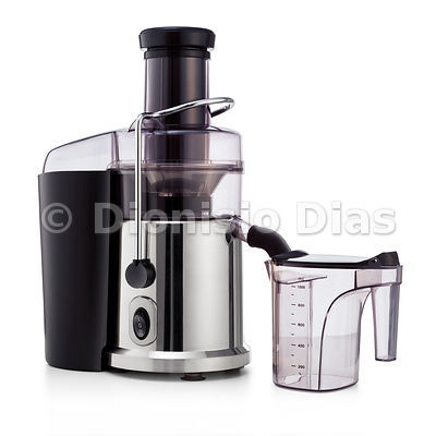 Juice extractor with clipping path
