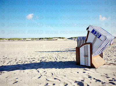 Hooded Beach Chair in blue and white .. Typical colours for the Island Norderney, Germany