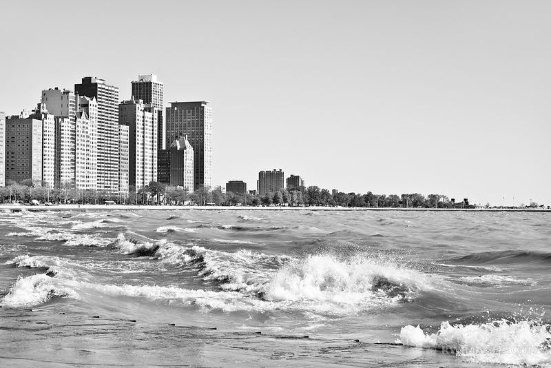 LAKE MICHIGAN SHORE CHICAGO DOWNTOWN BLACK AND WHITE
