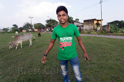 "Man with a shirt reading ""I am nothing without Jesus,"" Dhapa, Kolkata, India"