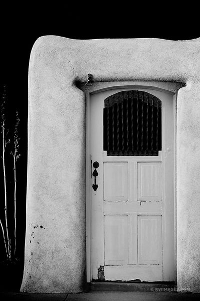 RANCHOS DE TAOS ST. FRANCIS ADOBE CHURCH TAOS NEW MEXICO