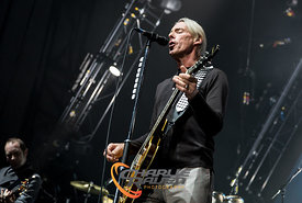B3955_PaulWellerBournemouth12-7