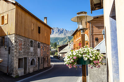 Summer sports at Vars resort - Hautes Alpes - France pictures
