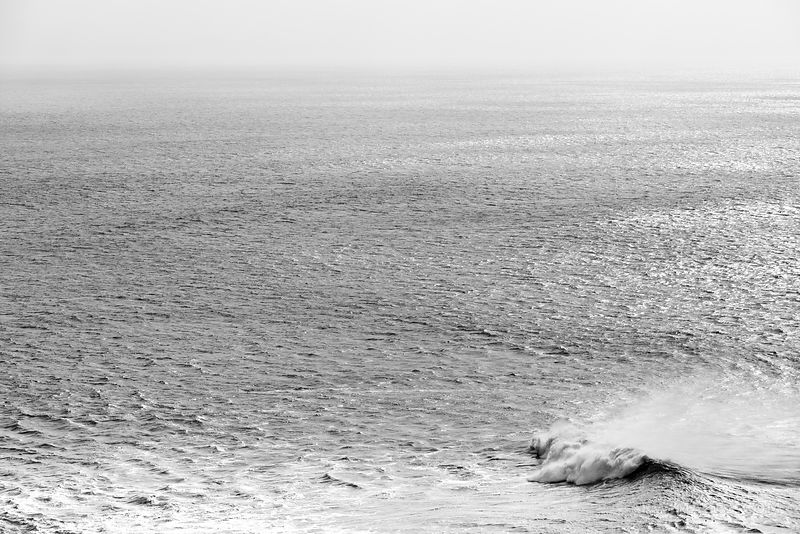 LONE WAVE PACIFIC OCEAN POINT REYES NATIONAL SEASHORE CALIFORNIA BLACK AND WHITE
