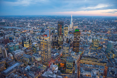 25 Copthall Ave, 75 London Wall, 99 Bishopsgate, 138 Houndsditch, 150 Bishopsgate, 199 Bishopsgate, Bishopsgate, City of London, EC2M 3XD, Heron Tower, Leadenhall Building, london, The St Botolph Building, tower 42. Dusk aerial view over the City of London, Square Mile, London.