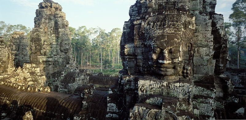 10463.05 Face towers, Bayon