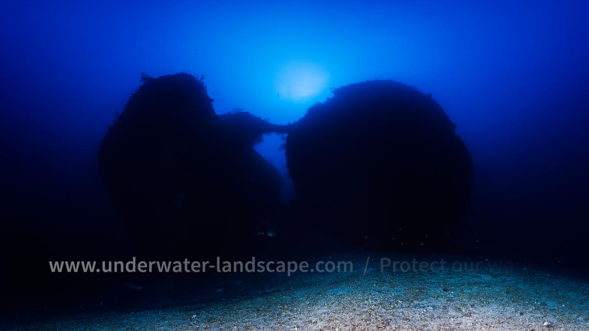 Deep Dive Photography : An Unknown World Deep dive photographys