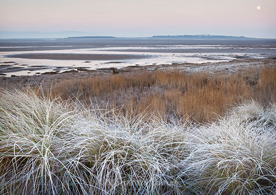 Frosty morning overlooking Dee Estuary