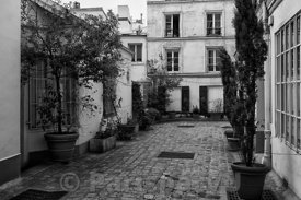 Passage Lepic Paris 18th