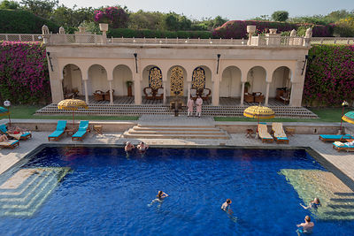 Swimming_Pool_-_The_Oberoi_Amarvilas_Agra_(3)_v1_current