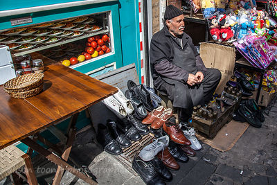 Shoe cleaning in the spice market, Istanbul