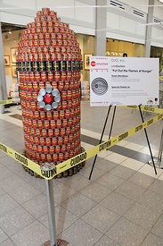 canstruction_at_selden_hunts