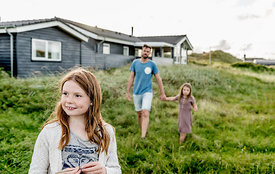 Danish father and daughters 2