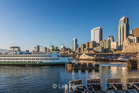 Bainbridge Island Ferry leaving Seattle