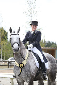 SI_Festival_of_Dressage_310115_prizegivings_1449