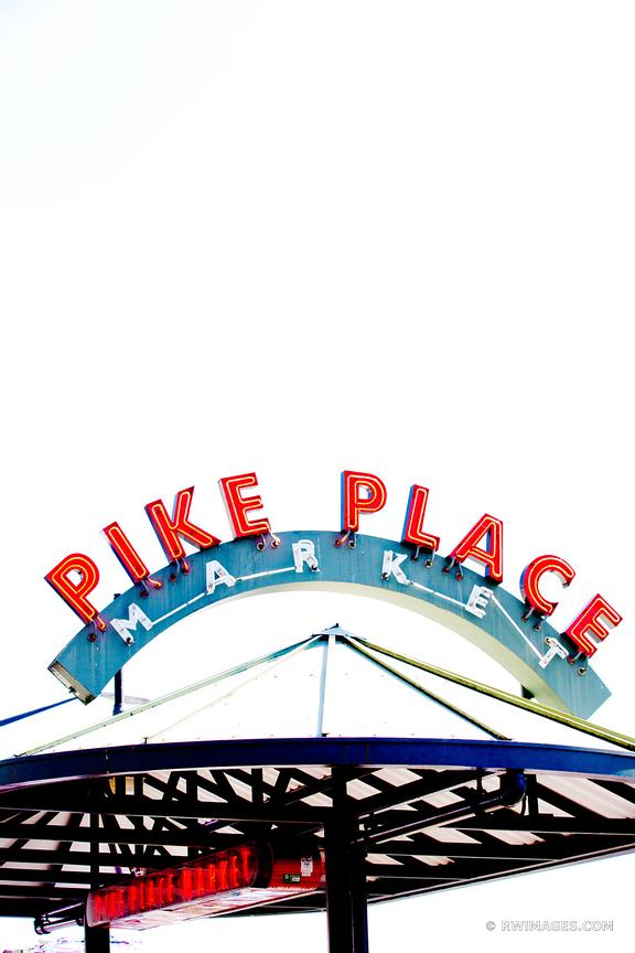PIKE PLACE MARKET NEON SIGN SEATTLE
